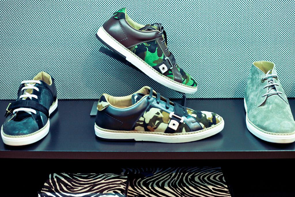 Installations: Jimmy Choo Man footwear display