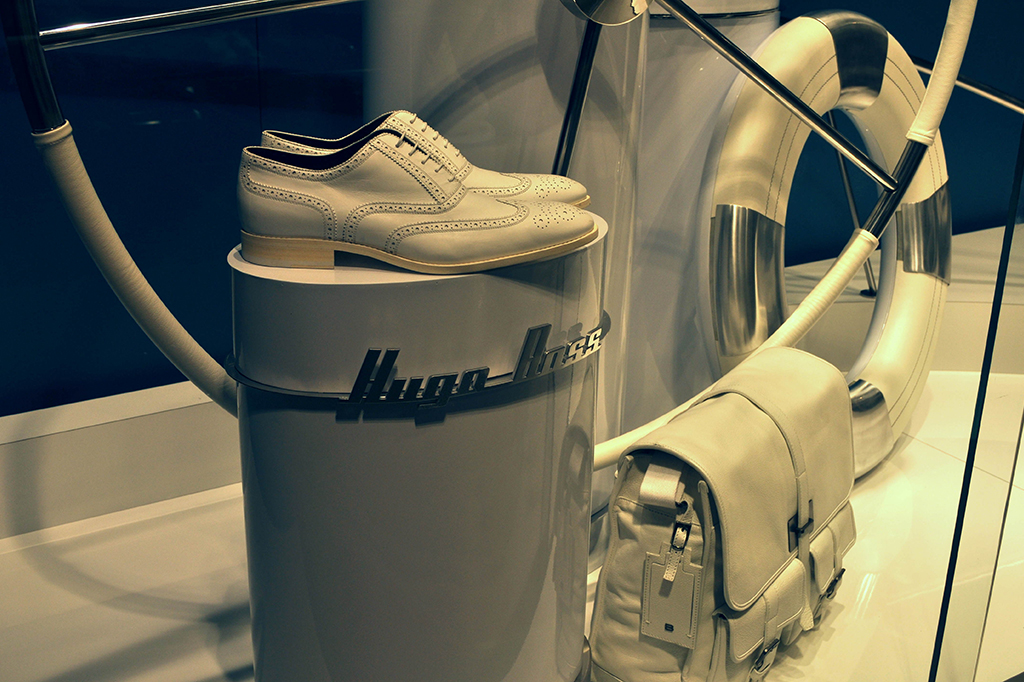 Display stands footwear Hugo Boss