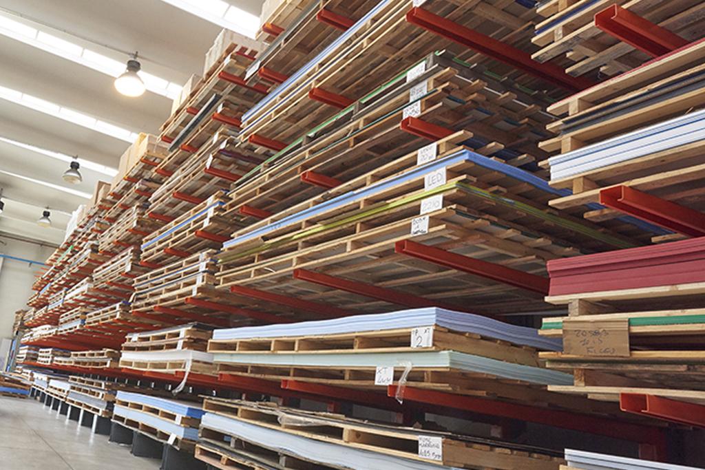 Logistics: wooden pallets
