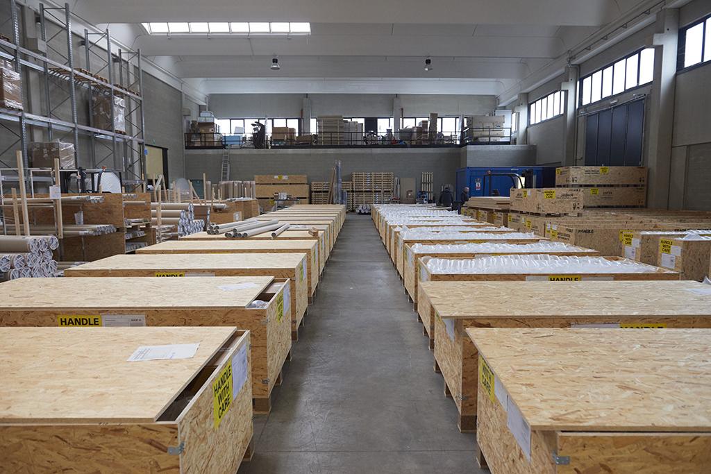 Logistique: caisses en bois