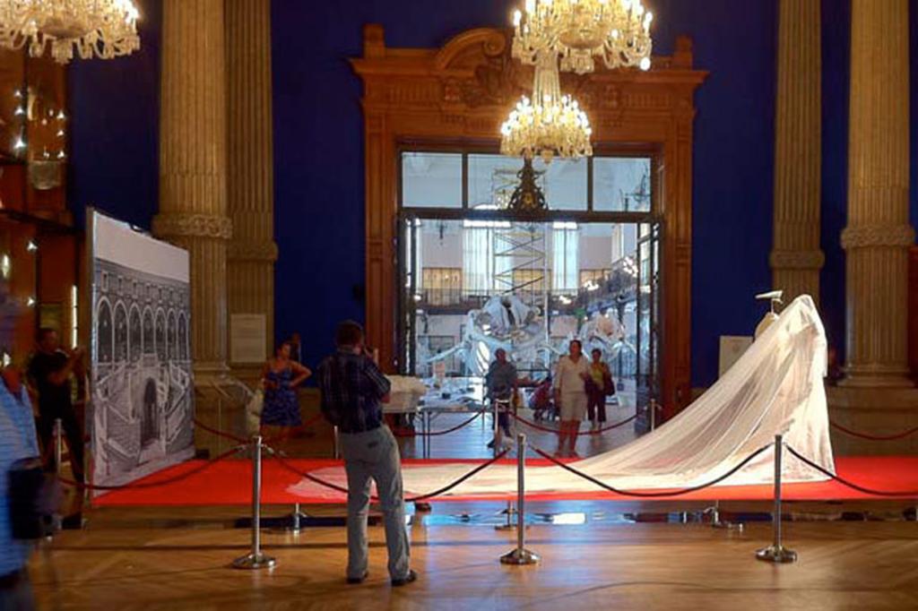Installazioni: Mostra matrimonio di Alberto di Monaco e Charlene