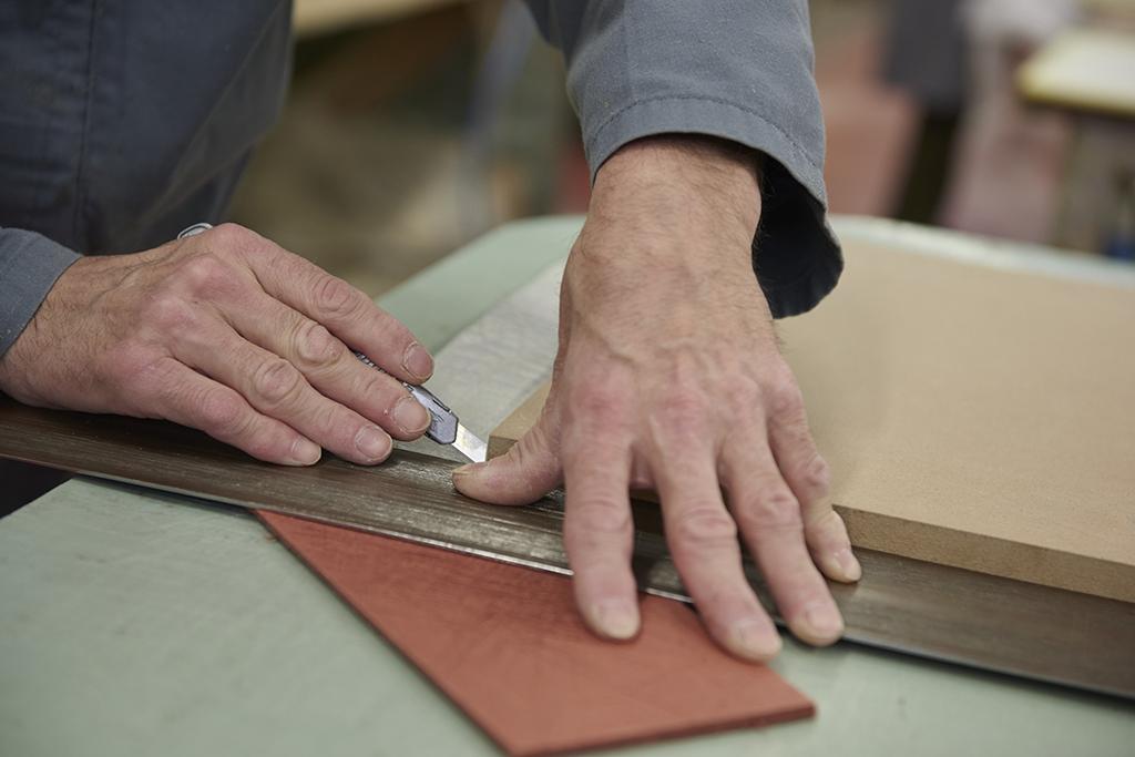 挂毯生产,剪裁
