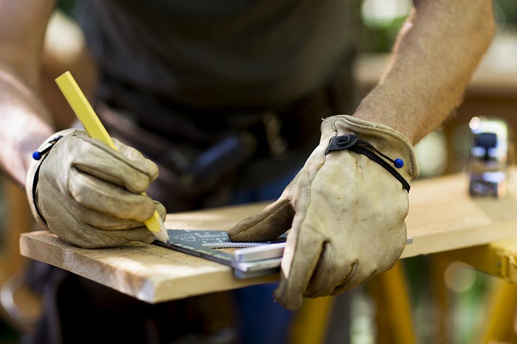 木料生产,用尺测量