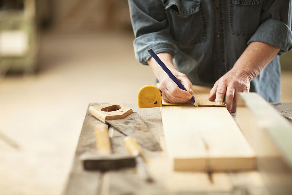 木料生产,米尺测量